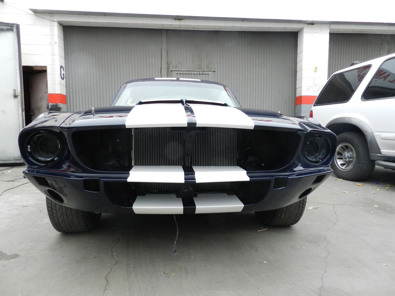 west-coast-body-and-paint-1967-mustang-shelby-8