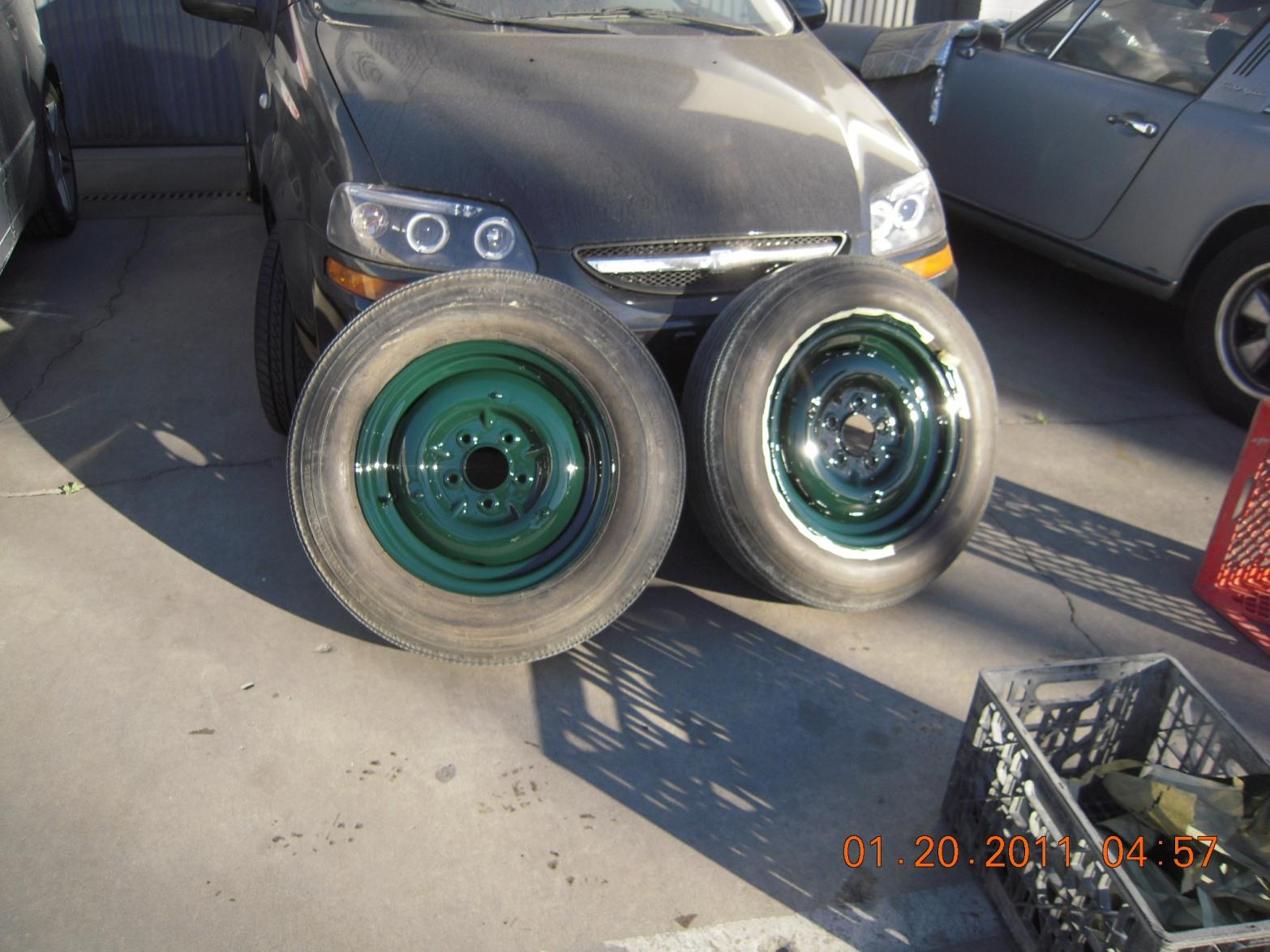 west-coast-body-and-paint-green-jaguar-xk120-12