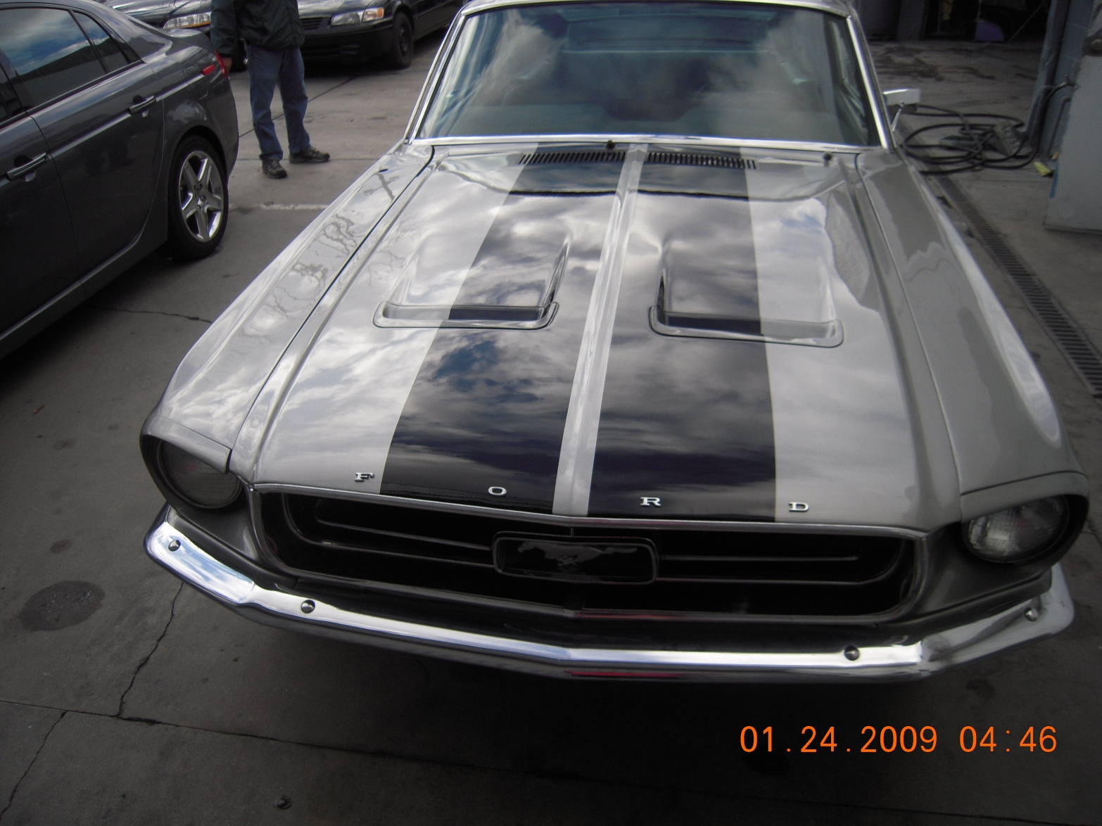 west-coast-body-and-paint-mustang-fastback-34